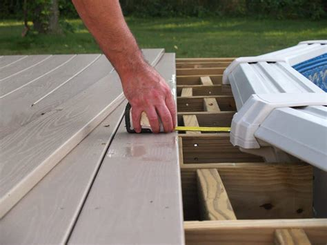 Best Pool Deck Paint - What Should You Know About It?