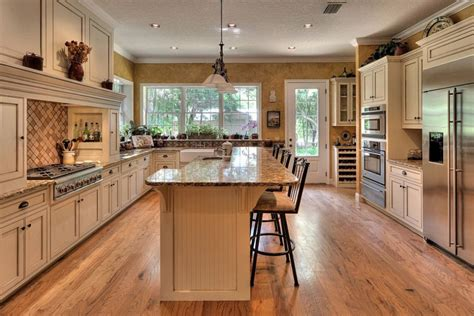 Eight beige kitchens with serene style - Networx